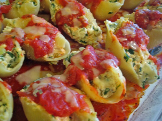 Stuffed Shells Close